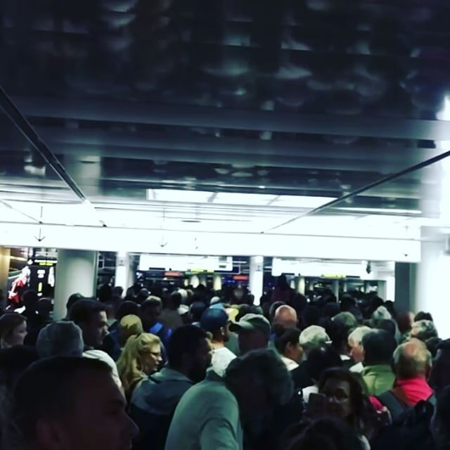 Welcome to #Paris - #cdg immigration queue